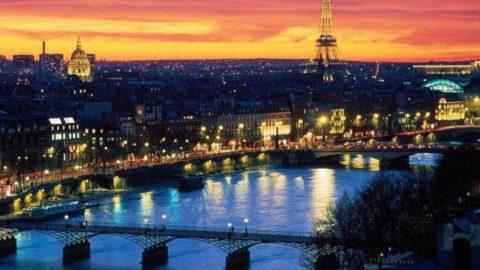 Parigi non si arrende
