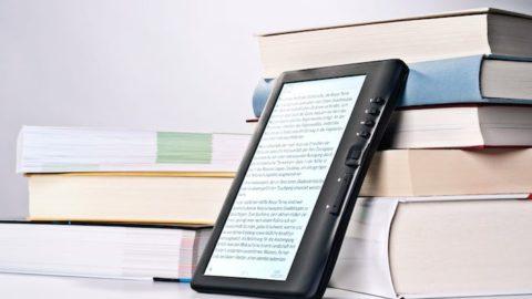 Chi vincerà lo scontro il vecchio libro o l'e-book?