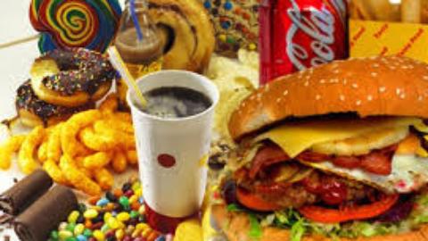 Che effetti ha il cibo su di noi e nelle nostre vite?