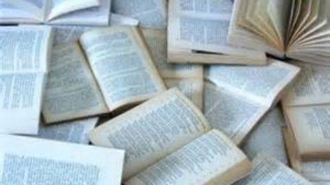 Libri di carta o libri digitali? Chi vincerà la sfida del futuro?