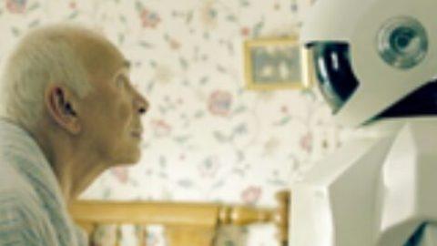 BADANTE: UOMO O ROBOT?