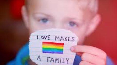 Le famiglie arcobaleno.