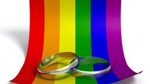 Sì o no ai matrimoni omosessuali?