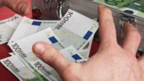 """Capitali all'estero:una """"falla"""" che si allarga sempre più"""