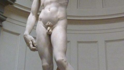 #statuenude