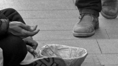 """Se aveste un dollaro da donare, lo dareste a chi è in difficoltà o a chi è più fortunato?"""" (Testo di Rachele Recanatini)"""