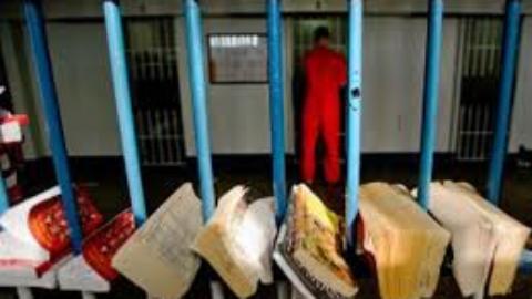 Un libro ad un detenuto: la lettura che dà speranza