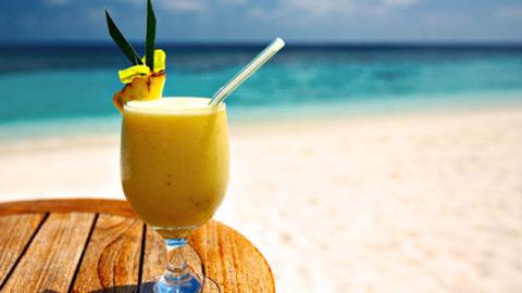 L'utopia del cocktail in spiaggia