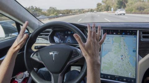 Guida autonoma. Pro e Contro.
